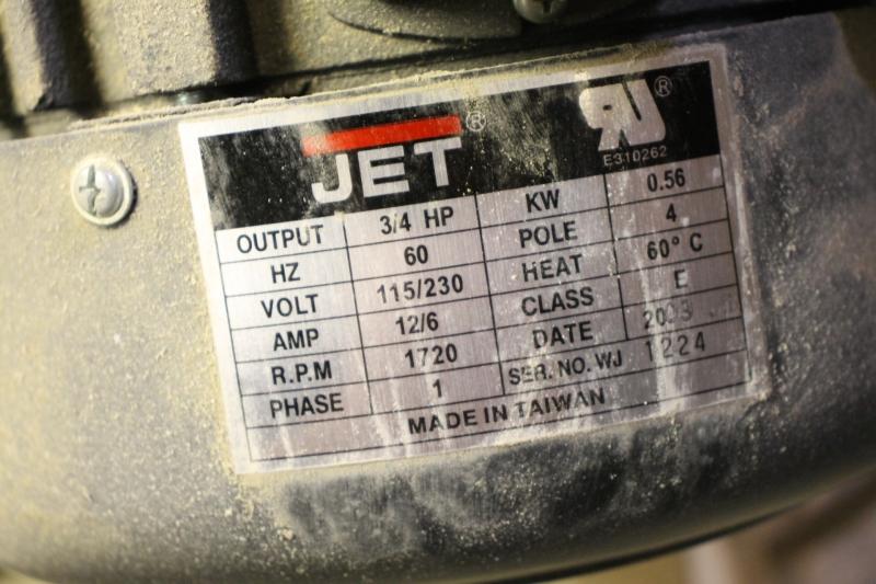 104202-03.JPG