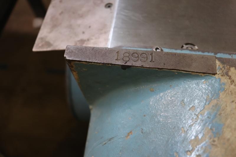 52129-8.JPG