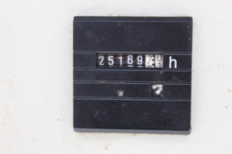 104212i-10.JPG