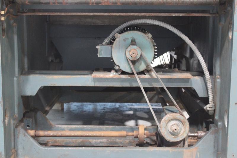 52132i-12.JPG