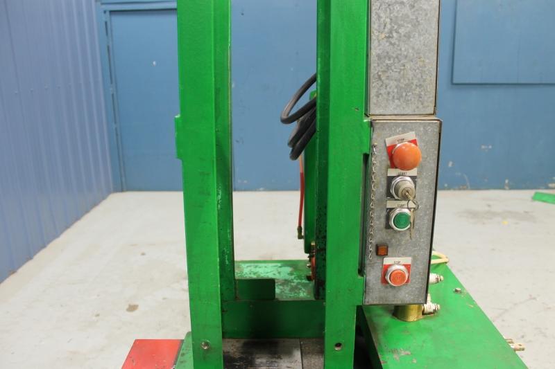 Stk 9833-07.JPG