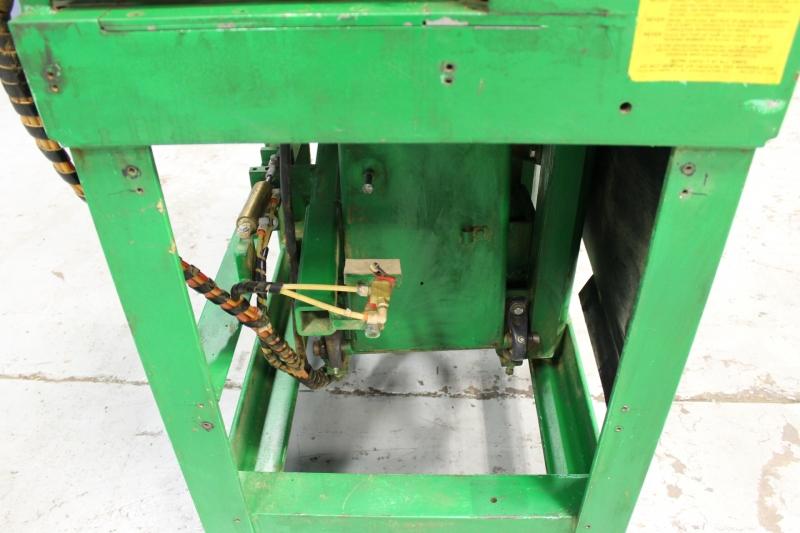 Stk 9833-09.JPG