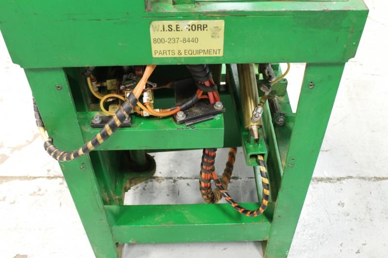 Stk 9833-13.JPG