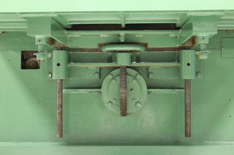 Stk 62105-08.JPG