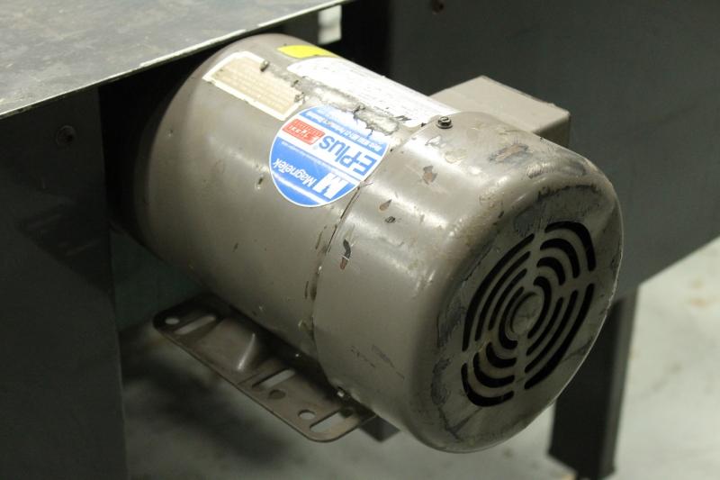 1370-53.JPG