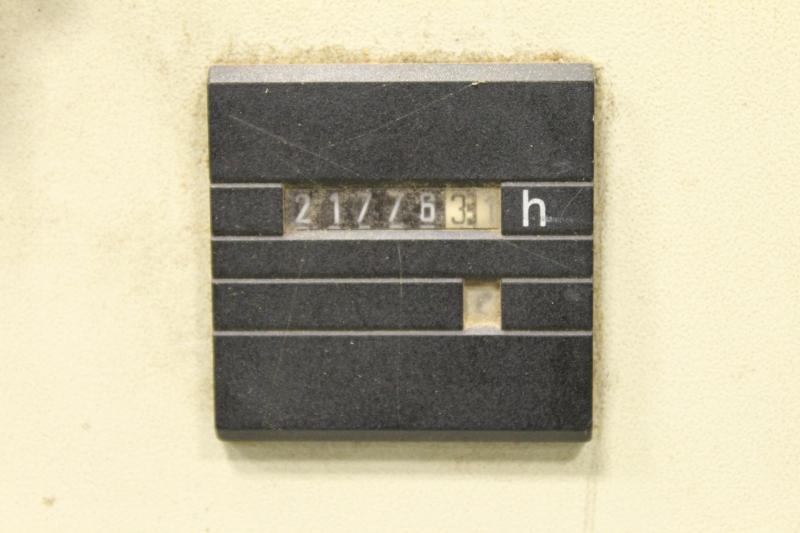 32100-21.JPG