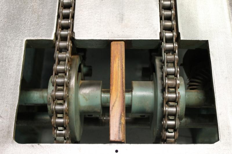852-13.JPG