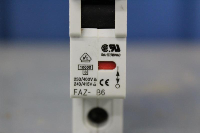 PWE057-A020-05.JPG