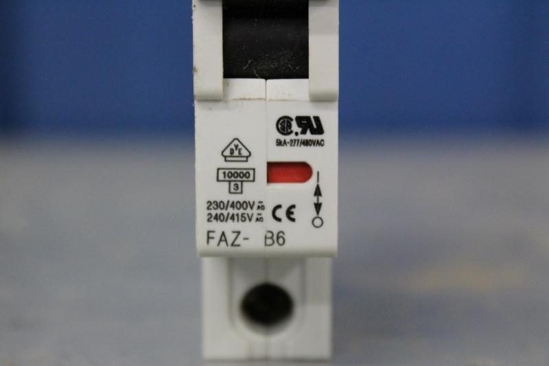 PWE057-A021-05.JPG