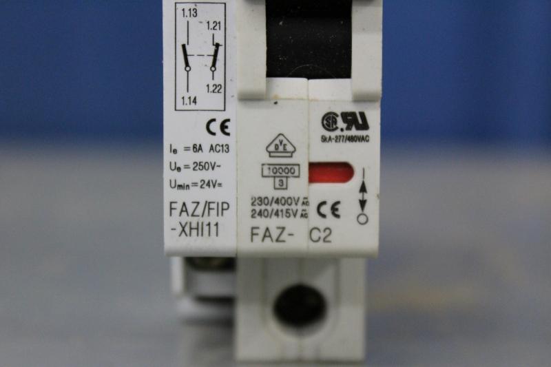 PWE057-A022-05.JPG