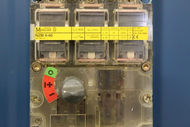 PWE057-A037-05.JPG