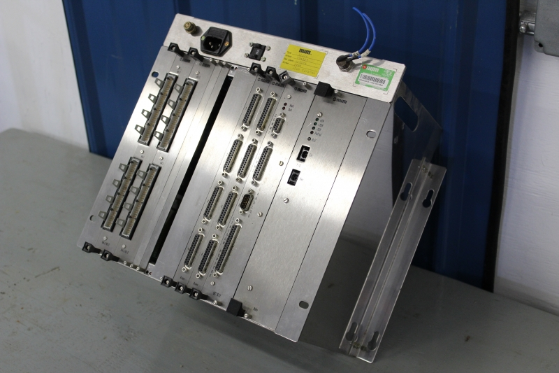 PSC057-A014-03.JPG