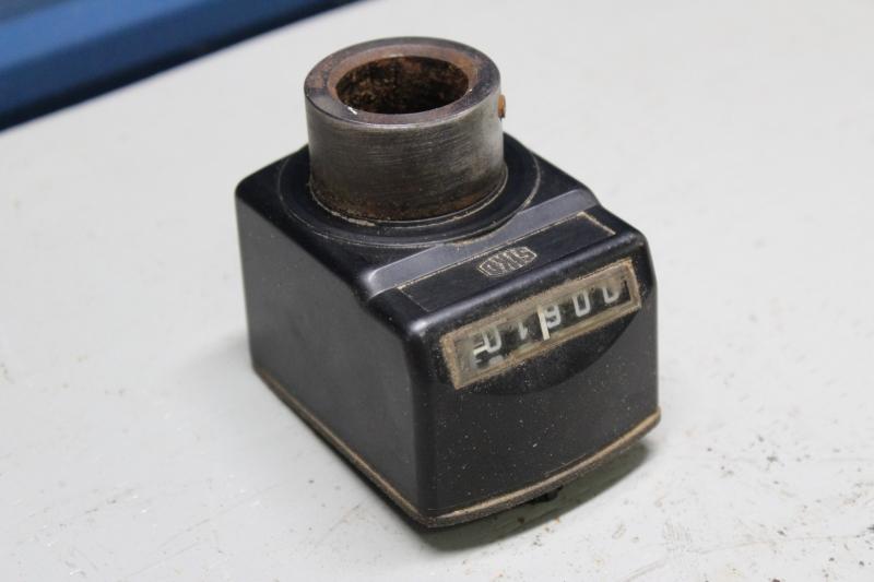 PWG047-A037-1.jpg
