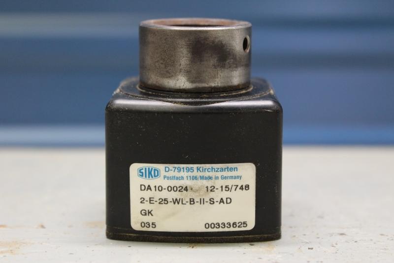PWG047-A038-3.jpg