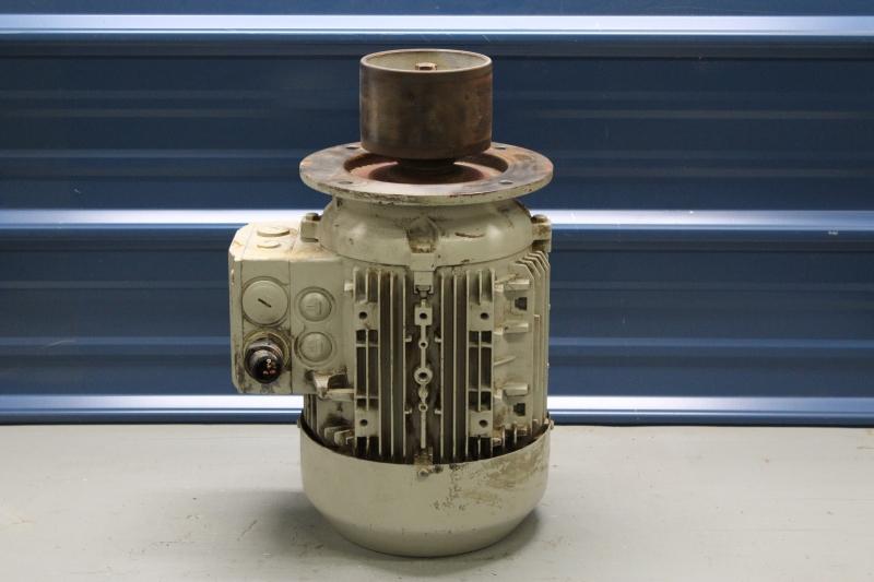 PWG047-A014-4.jpg