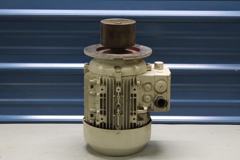 PWG047-A017-1.jpg