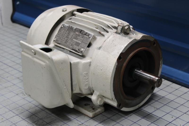 P10851-2.jpg