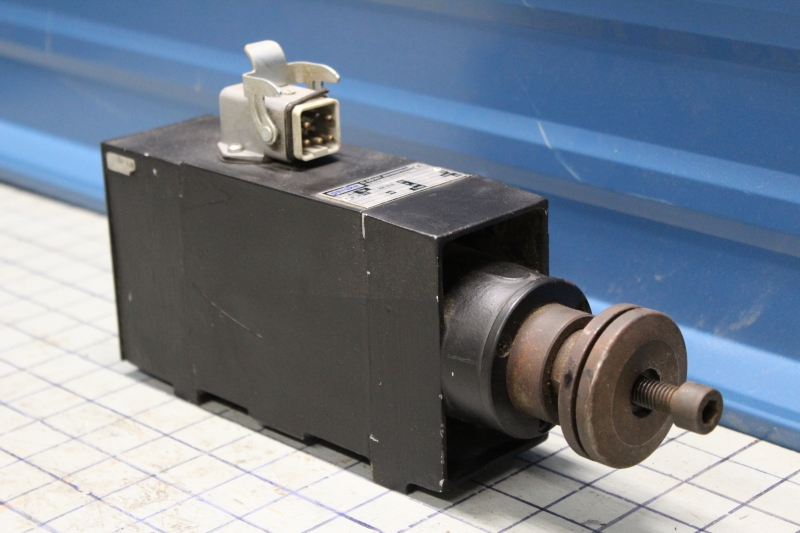P02502-2.jpg