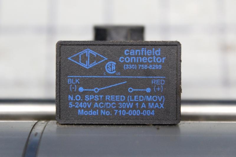 P10854-5.jpg