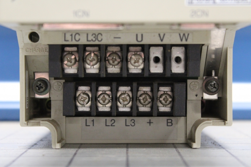 P10001-04