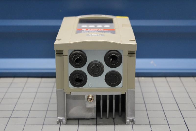 P10010-09