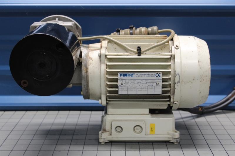 P10020-02