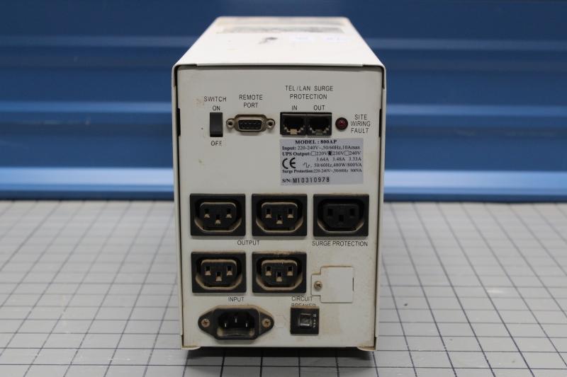 P10030-07.JPG