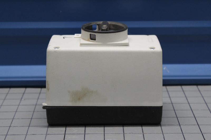 P108139-04.JPG