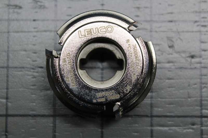 P02538-02.JPG