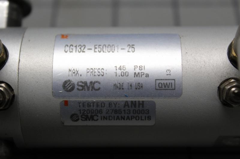 P08005-03.JPG