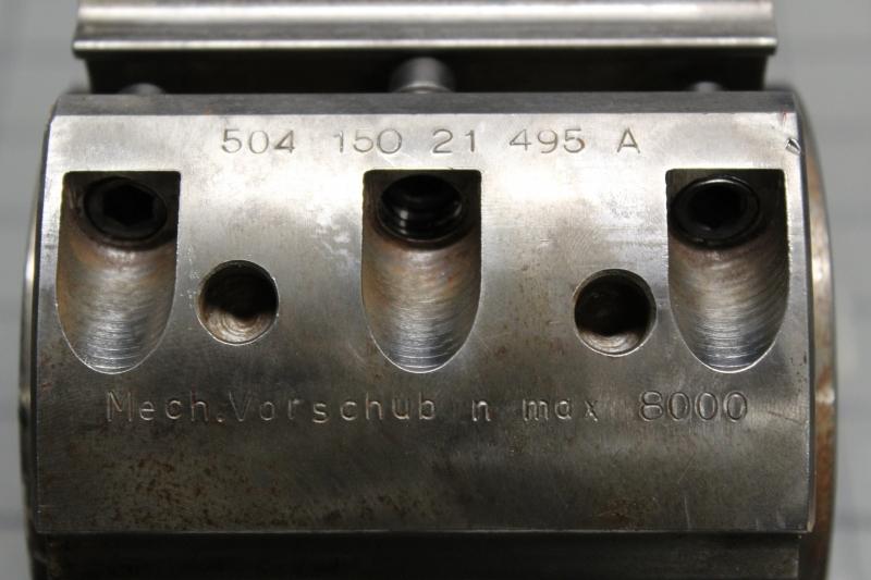 T105147-06.JPG