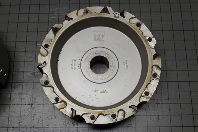 P10035-04.JPG