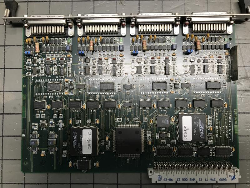 P05714-int-09.JPG