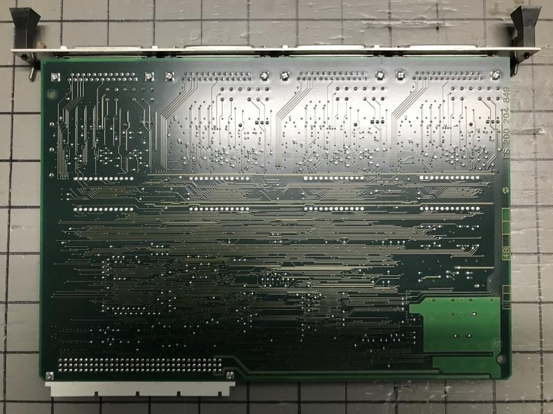 P05714-int-10.JPG