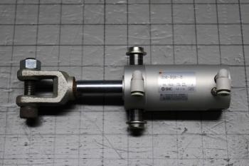 P08004-02.JPG