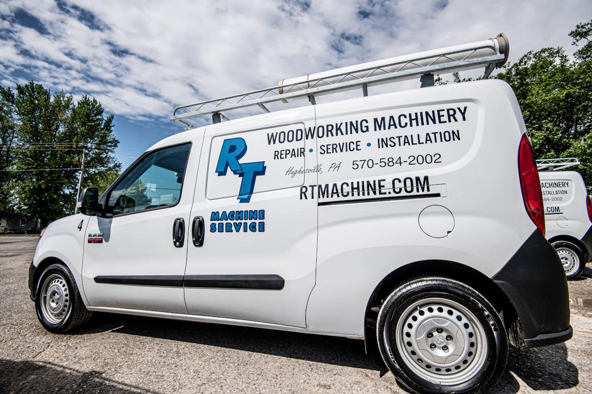 RT Machine Service Truck